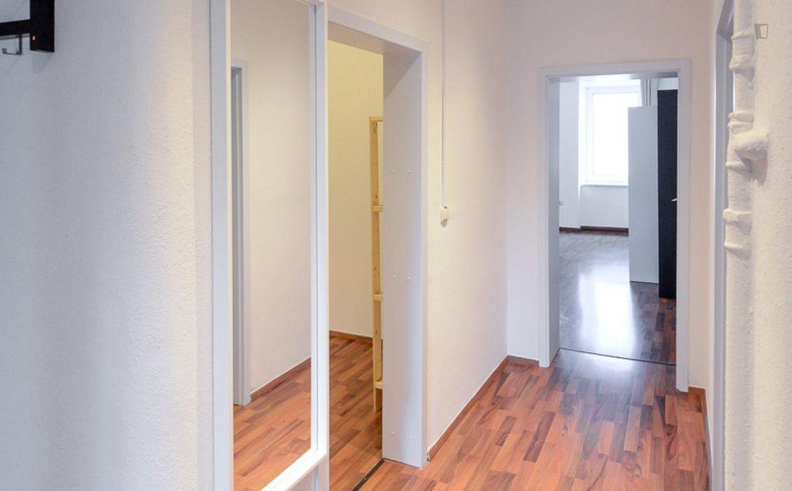 Appealing single bedroom in the Ludwigsvorstadt-Isarvorstadt district