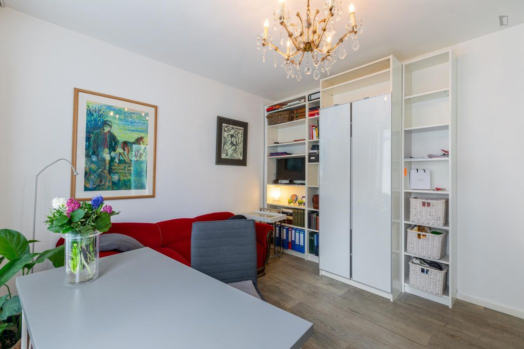 Super central 1-bedroom apartment close to the main station and the cathedral