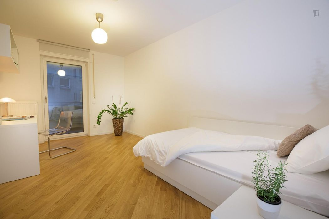Comfy 2-bedroom flat in a residence, in Himpfelshof