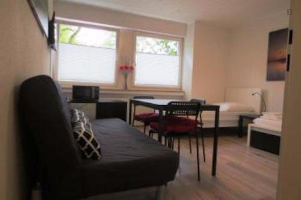 Homely studio near Merheimer Heide Park