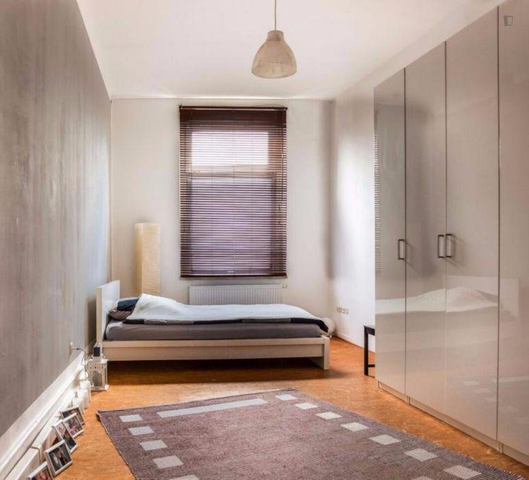 Enjoyable single-bedroom close to Airport