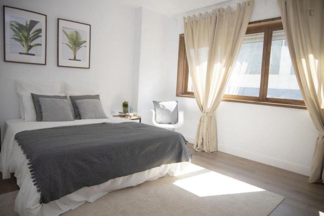 Spectacular double bedroom ensuite close to Universidade do Minho