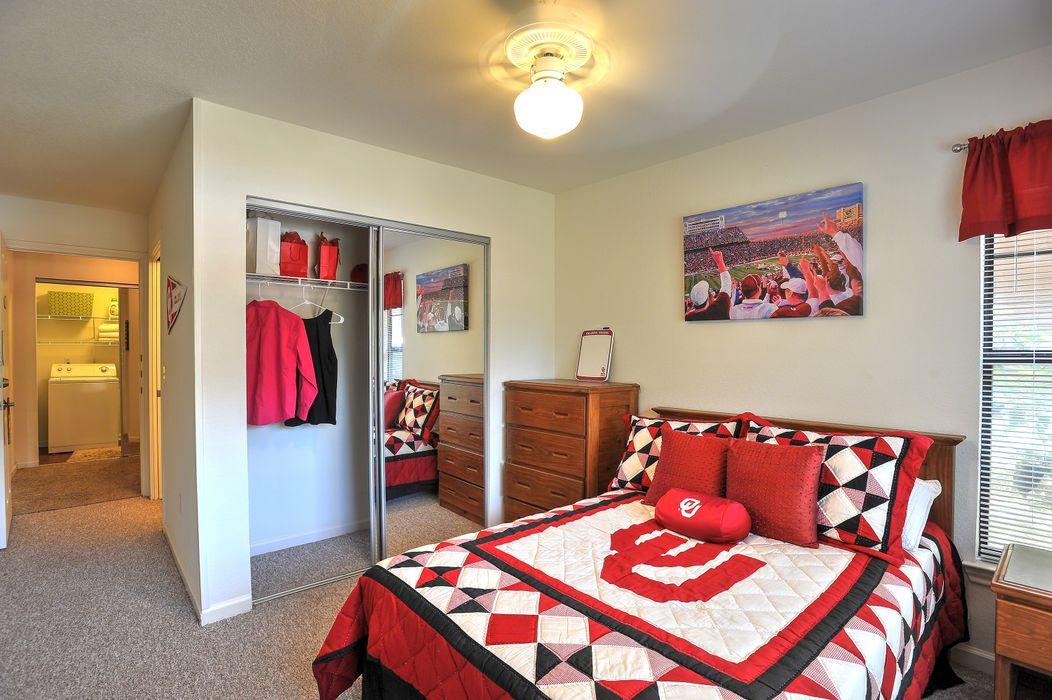 Campus Lodge Apartments