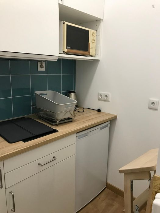 Ensuite bedroom in renovated apartment in central Coimbra