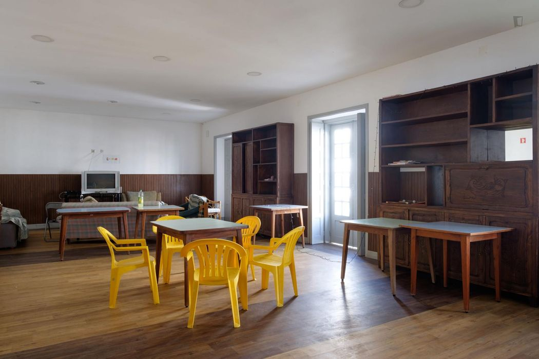 Single bedroom in downtown Coimbra