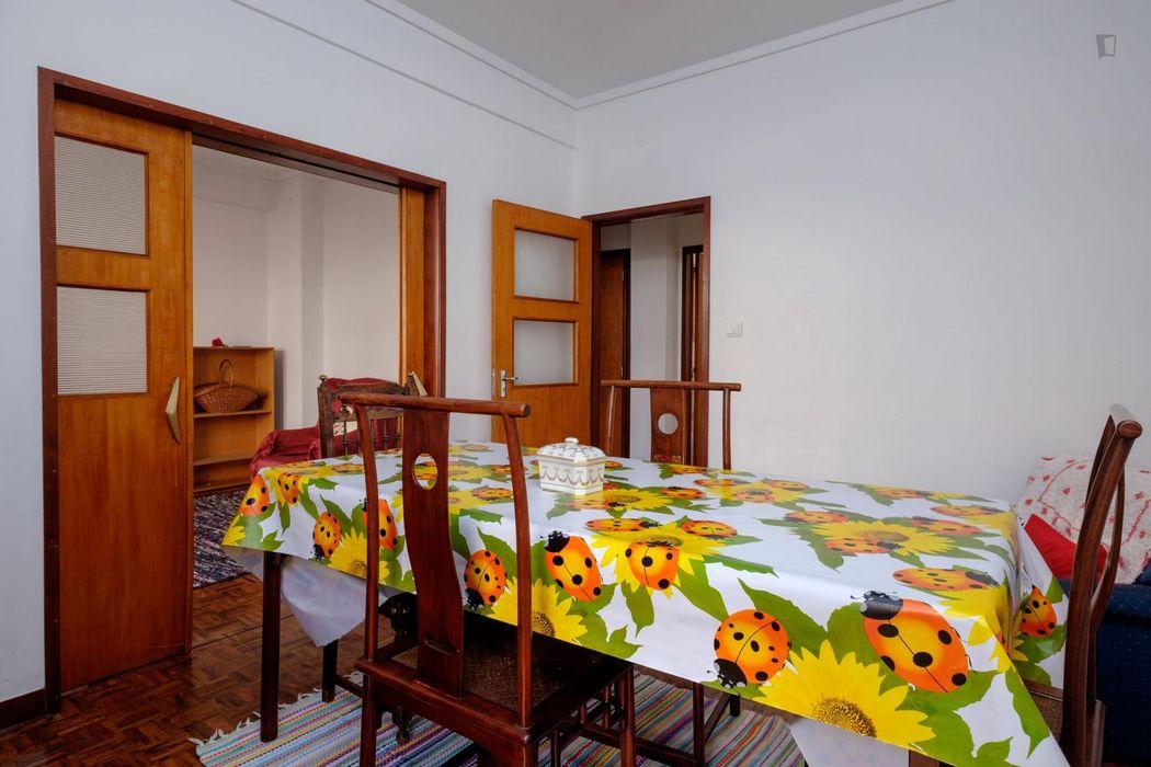 Single bedroom in Solum