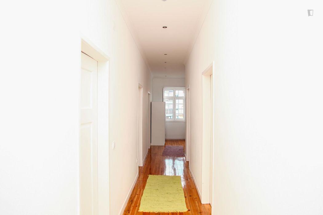 Comfortable double ensuite bedroom in the Montes Claros neighbourhood