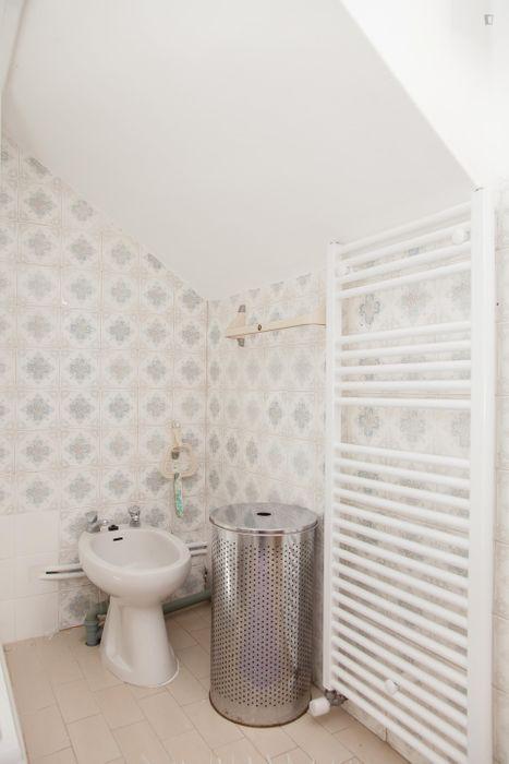 Snug single bedroom in Montes Claros