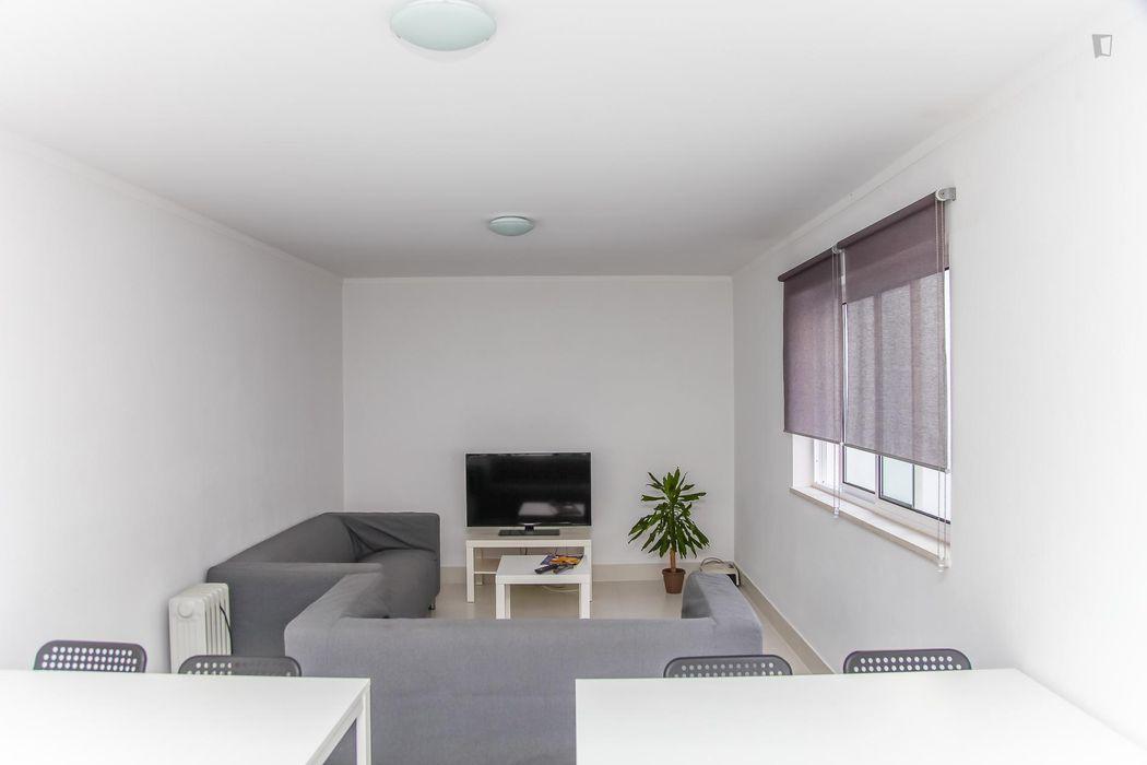 Attractive single bedroom near Universidade de Coimbra