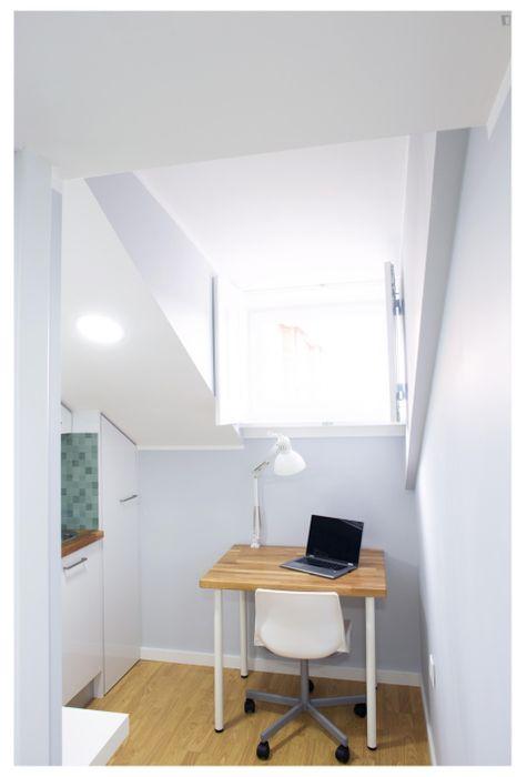 Modern and appealing studio in Penedo da Saudade