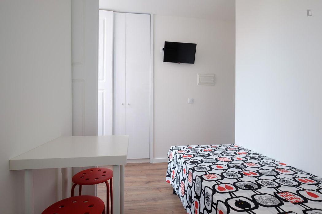 Suitable studio flat in the vicinity of Insttituto Politécnico de Coimbra - Instituto Superior de Engenharia de Coimbra
