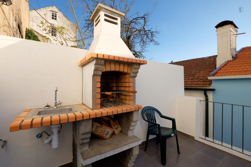 Bright studio flat near Universidade de Coimbra