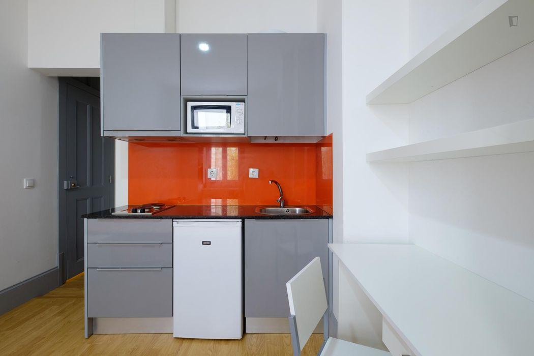 Snug studio flat near Universidade de Coimbra