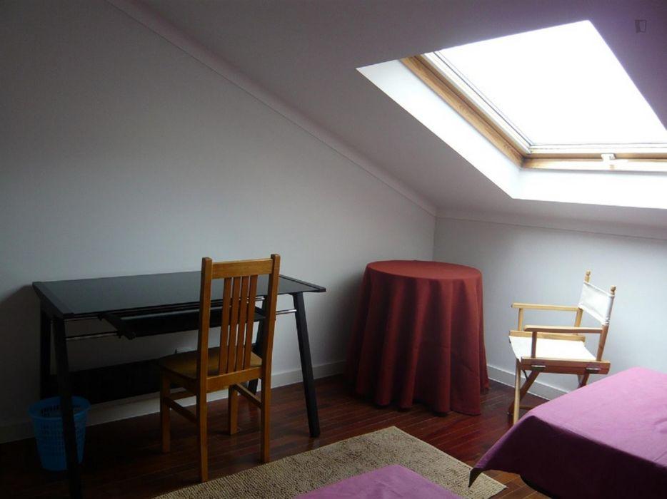 Homely single bedroom near Universidade de Coimbra