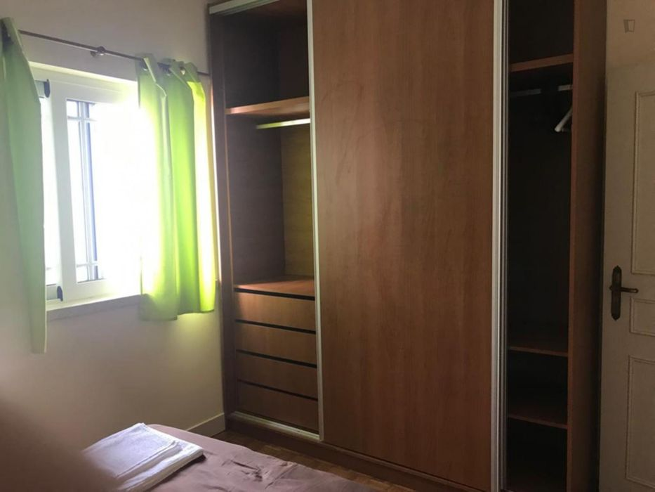 Special double bedroom close to Praia da Cova