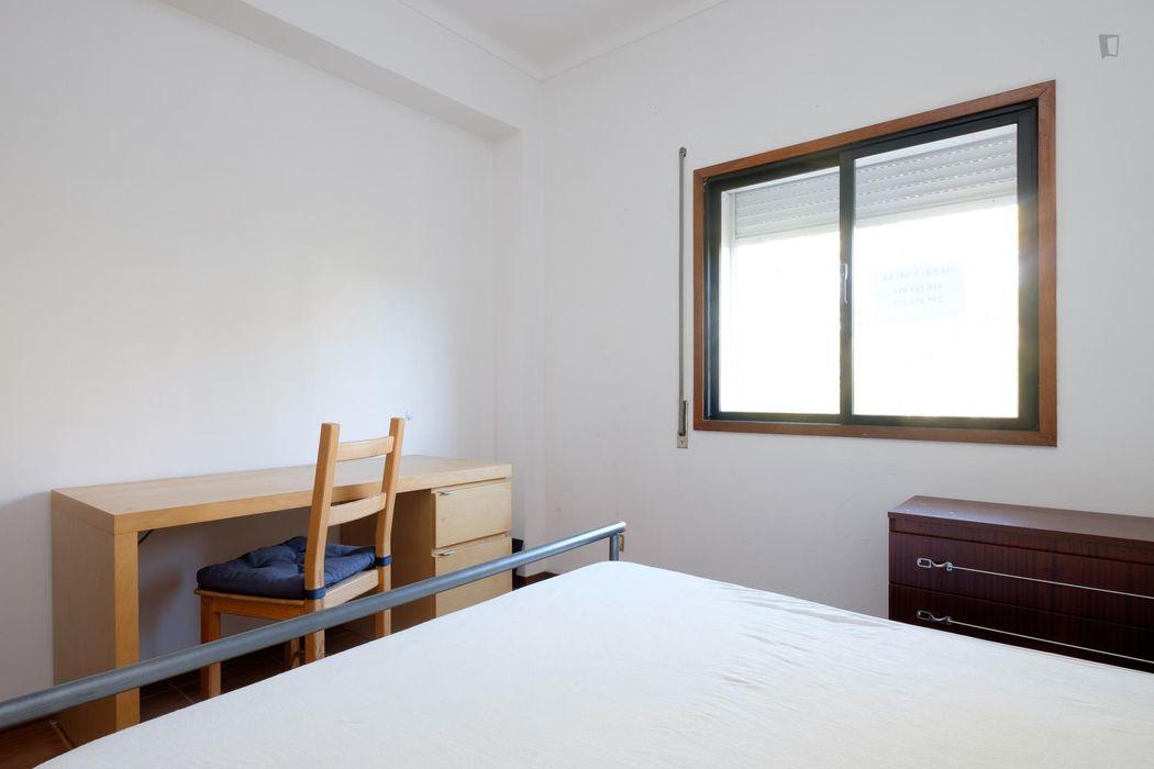 Alluring 1-bedroom flat close to Faculdade De Economia Da Universidade De Coimbra