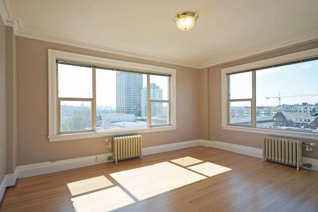 UDistrict Square Apartments: Wilsonian