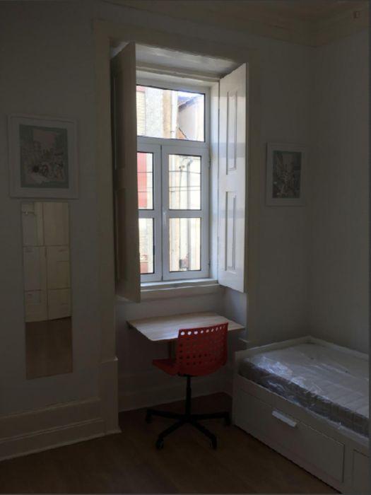 Nice twin bedroom close to Universidade de Coimbra