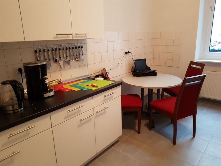 Cosy single bedroom close to Schönhauser Allee metro station