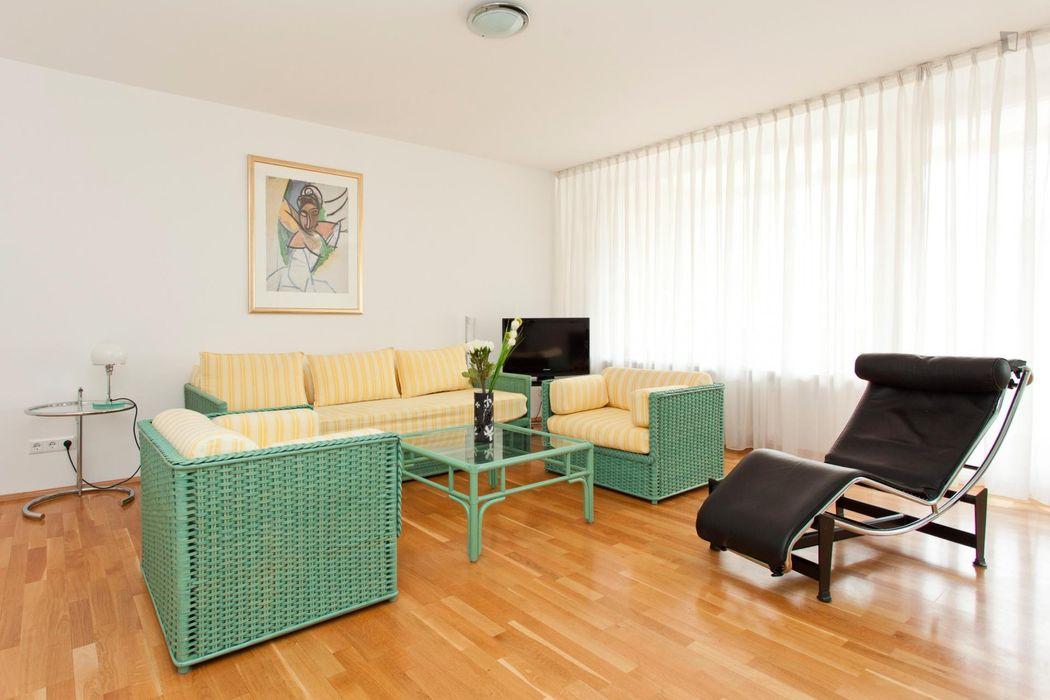 Exquisite 1-bedroom apartment in Wilmersdorf