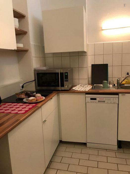 Single bedroom in a shared apartment in Schöneberg