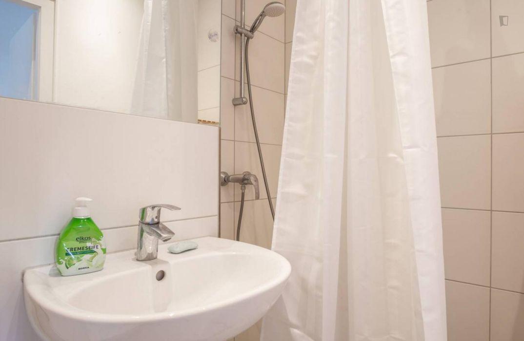 Homely single bedroom in 4-bedroom apartment in Adlershof