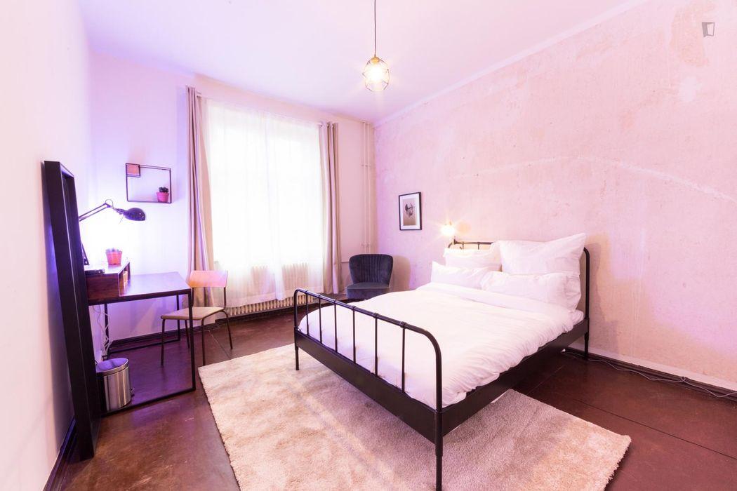 Beautiful all-inclusive single room