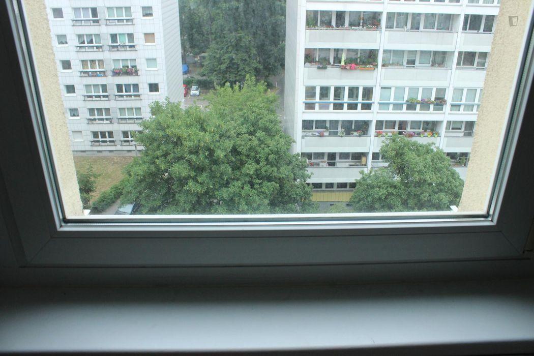 Cosy single bedroom in Friedrichshain