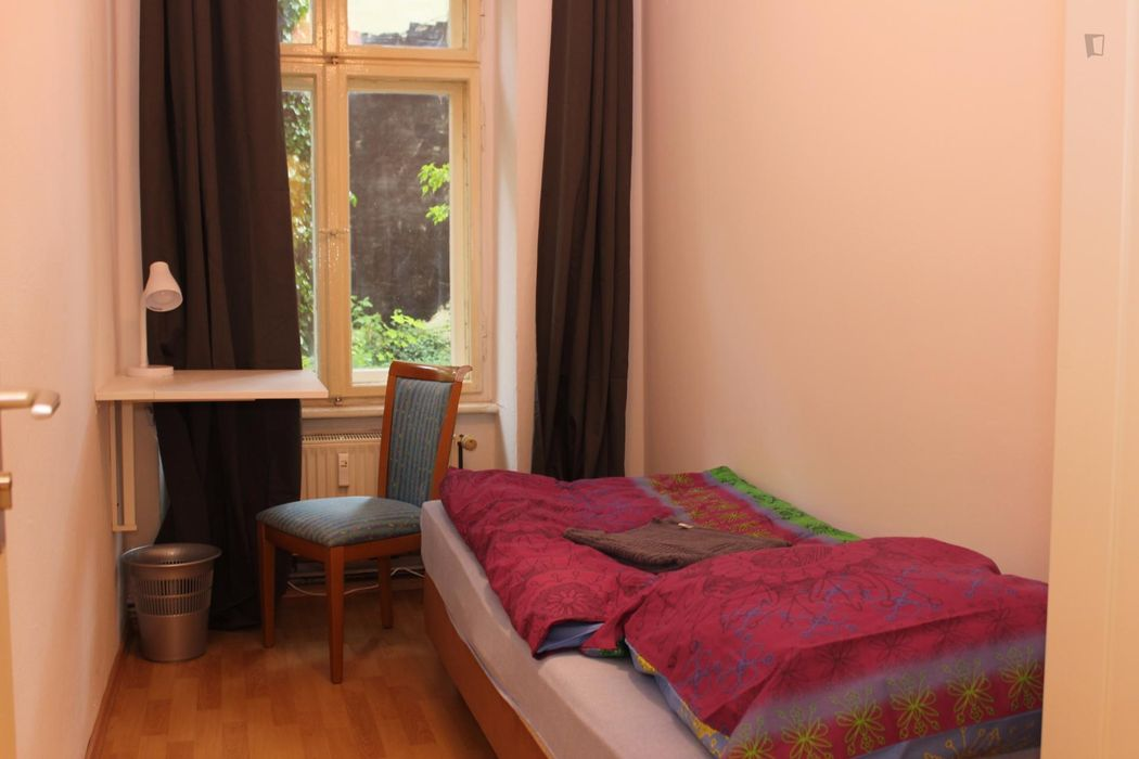 Lovely single bedroom near Tempelhofer Feld