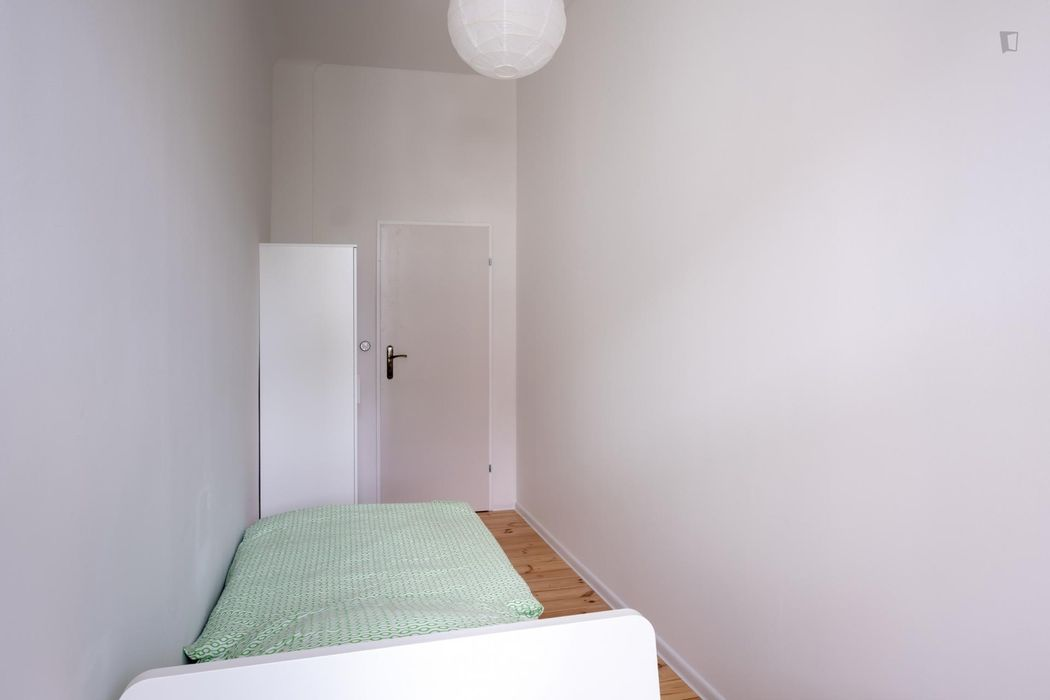 Sublime double bedroom in a student flat, in Kreuzberg