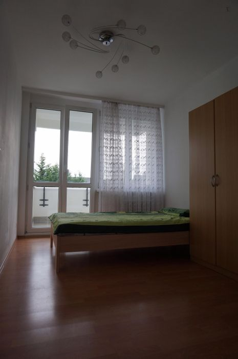 Inviting single bedroom in a residence, close to the B-Bhf Wittenau metro station