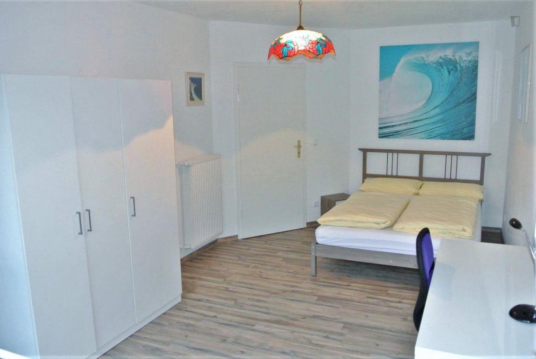 Nice & bright 2-bedroom apartment in Berlin, Neukölln near Richardplatz