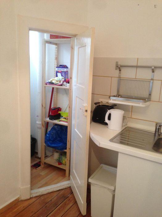 Homely 2-bedroom apartment in Wittenau
