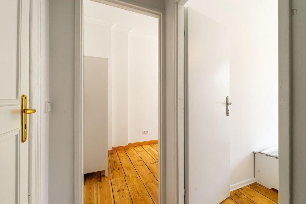 Luminous single bedroom in Neuköln