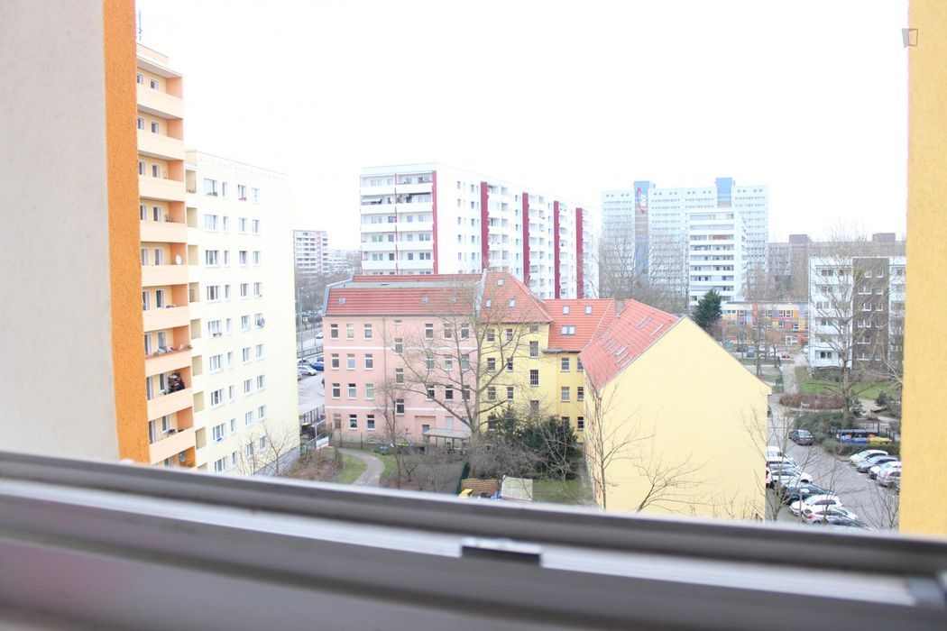 Charming single bedroom in the Lichtenberg neighbourhood