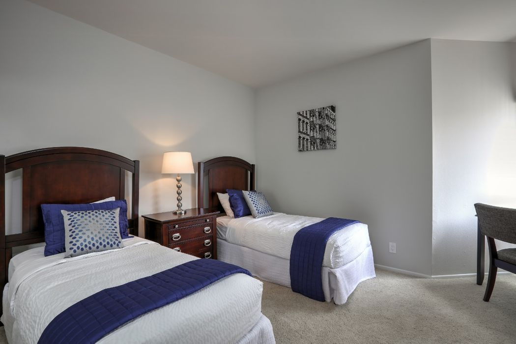 Student accommodation photo for Midvale Plaza in Westwood, Los Angeles