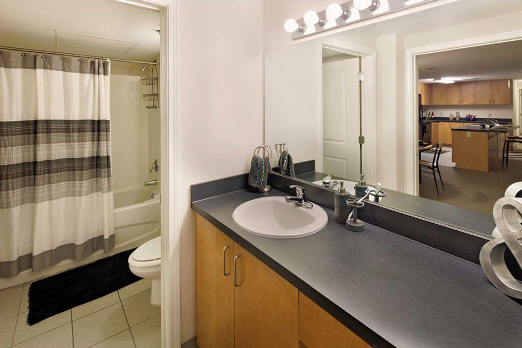 Student accommodation photo for 100 Midtown in Georgia Tech, Atlanta