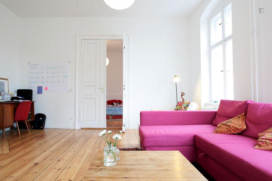 Charmign 1-bedroom apartment near Volkspark Friedrichshain