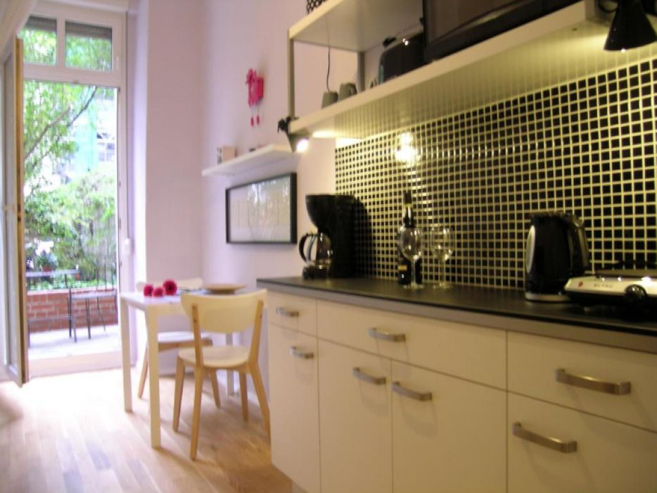Appealing 1-bedroom apartment in well-connected Prenzlauer Berg