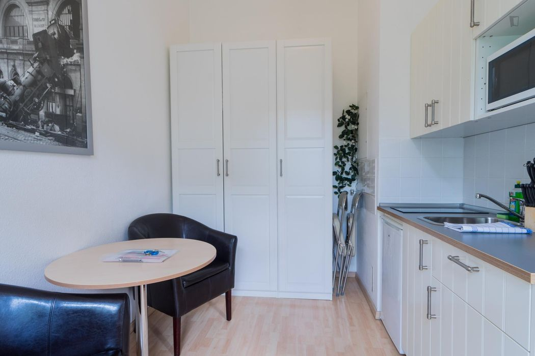 Neat and cosy 1-bedroom apartment in Mitte