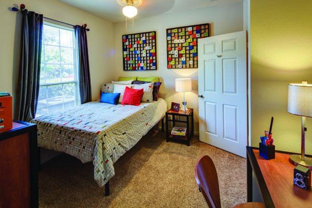 2900 Student Apartments