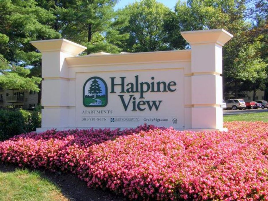Student accommodation photo for Halpine View Apartments in Rockville, Washington, D.C