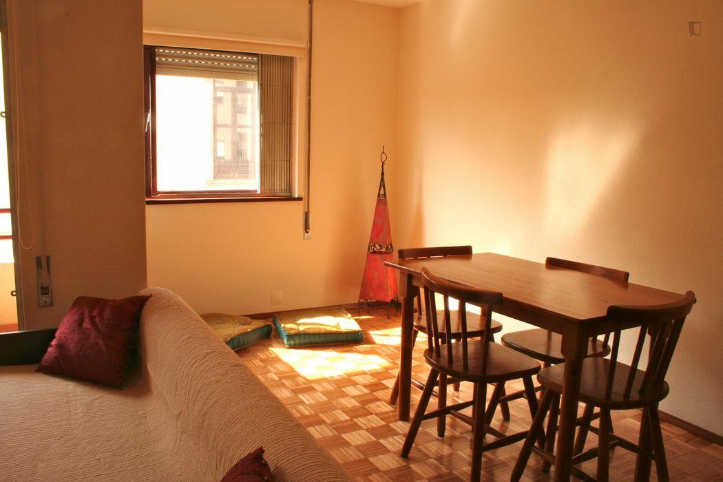 Cosy 1-bedroom flat near Instituto Superior de Administração e Gestão
