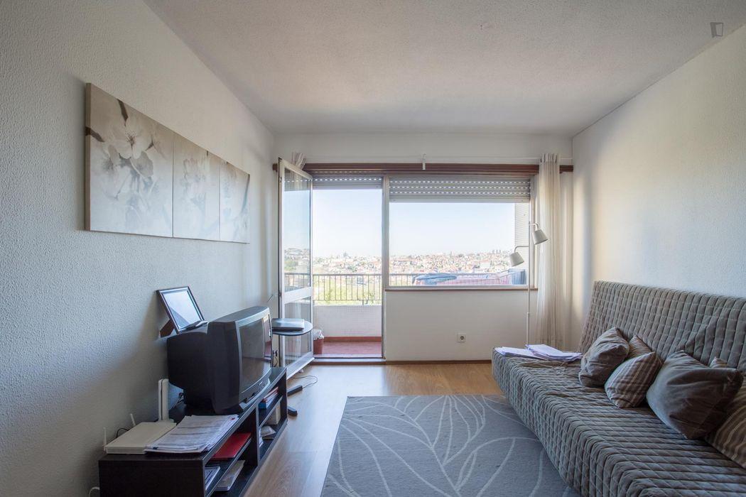 Pleasant 1-bedroom flat in Vila nova de gaia, near Câmara de Gaia metro station