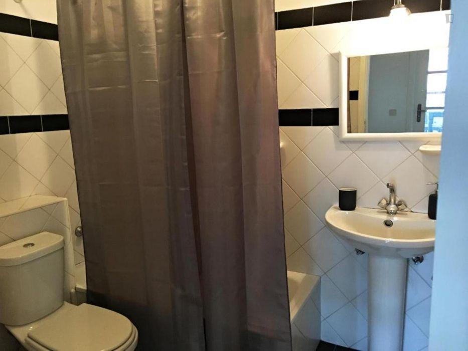 Modern 1-bedroom apartment in Massarelos