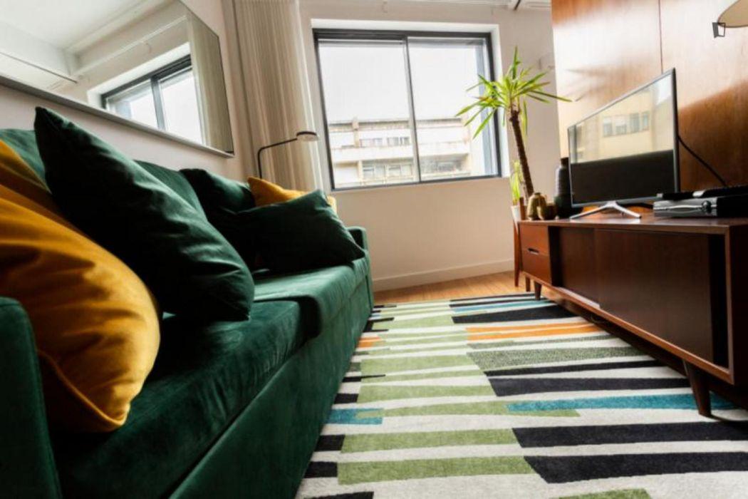 Kate Homes 3F - Comfortable studio near Trindade metro station