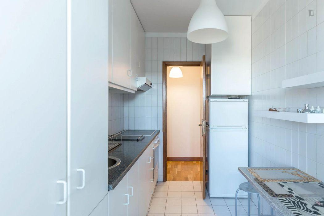 Modern 1-bedroom flat close to Escola Superior de Música Artes e Espectáculo