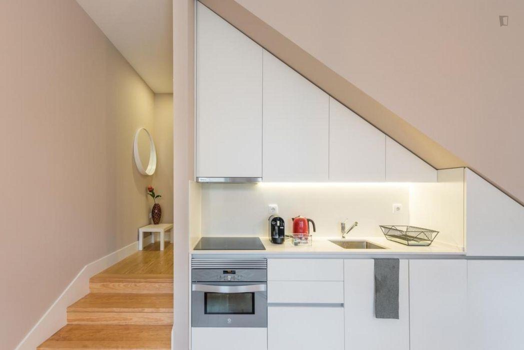 Very cool 2-bedroom apartment, in Cedofeita