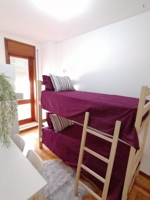 Lighted twin single bedroom ensuite in Boavista