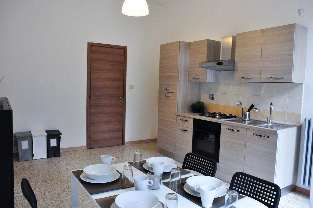 Modern single bedroom close to Management Università di Torino